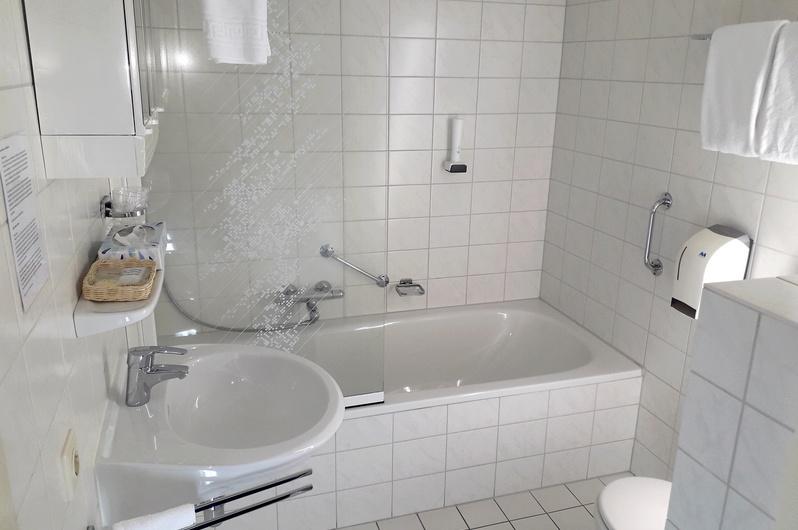 Hotel Emmen | Zakelijk overnachten regio Emmen en Assen | Hotel De ...